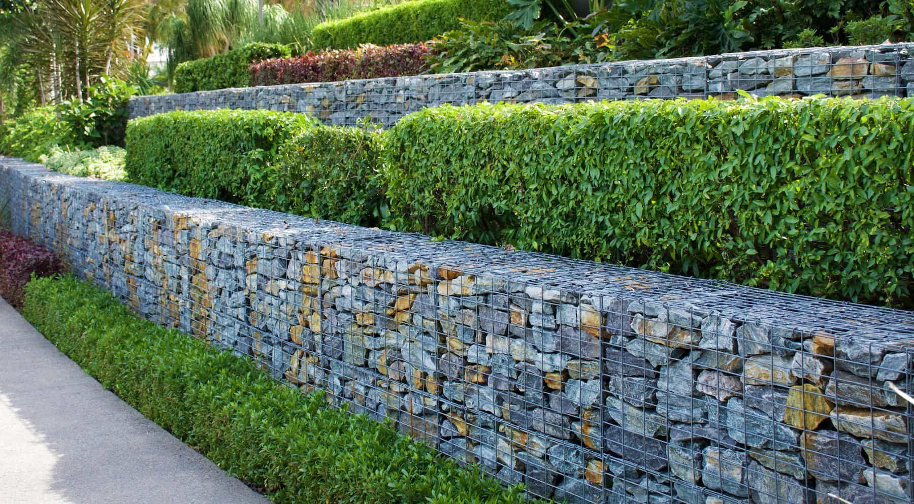 20 Stunning and Practical Retaining Wall Ideas   Mystargarden
